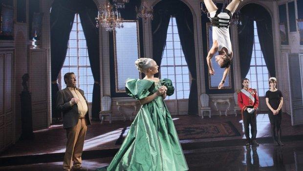 Nørrebro Teater revser de kongelige i ny komedie